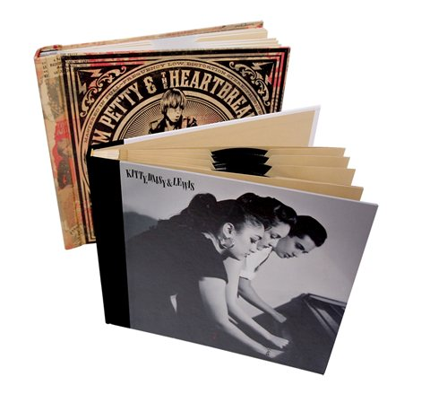 Vinyl-media-book-with-sleeves-and-spacers-binding-(2)